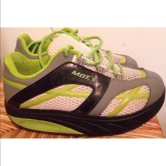 0991e9656388 MBT walking toning sneakers shoes women s 6. M 5ace3ddb5512fd0a2a8dc813